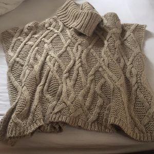 Zara one size knit shrug/pullover